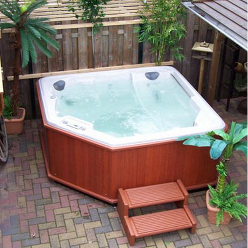 kaufberatung wollen sie einen whirlpool kaufen whirlpool. Black Bedroom Furniture Sets. Home Design Ideas
